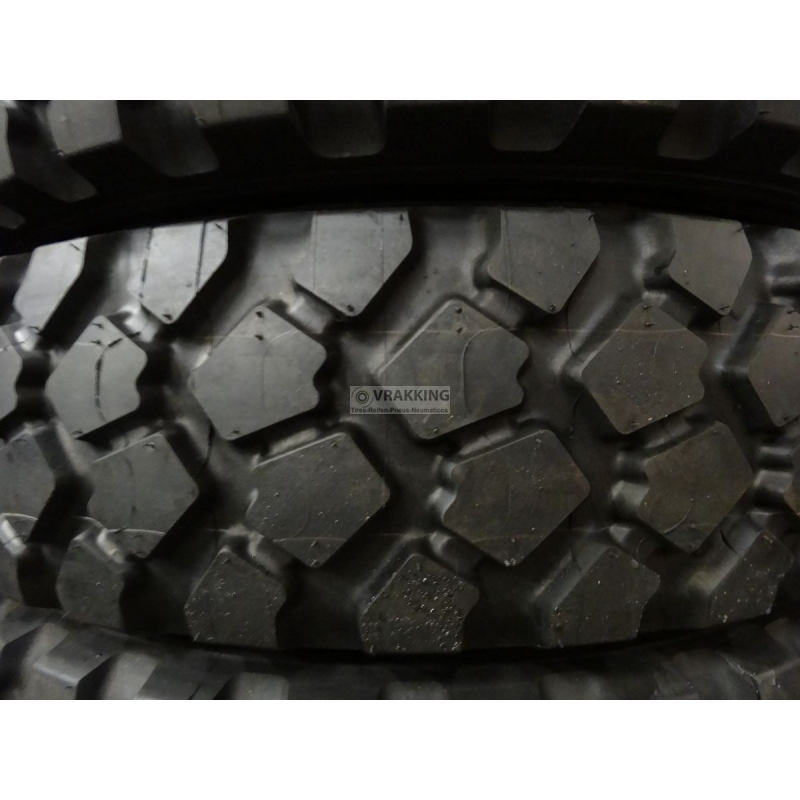 275/80R20 Michelin XZL new (10.5R20)
