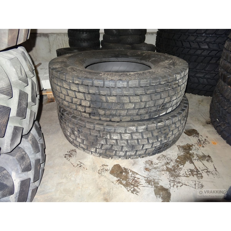 12R22.5 Michelin XDE2