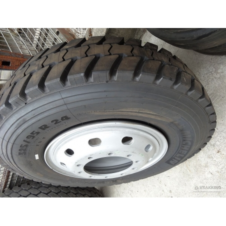 325/95R24 Michelin XDY complete on wheel