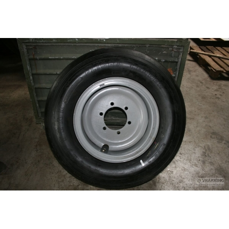 11.0-19 wheel (lock ring)