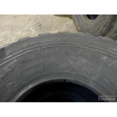 325/85R16 Michelin XML Cold retread