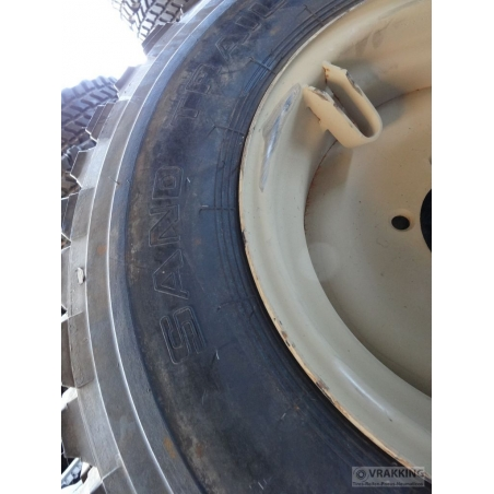 12.5-20 General MPT Sandtrail complete with wheel
