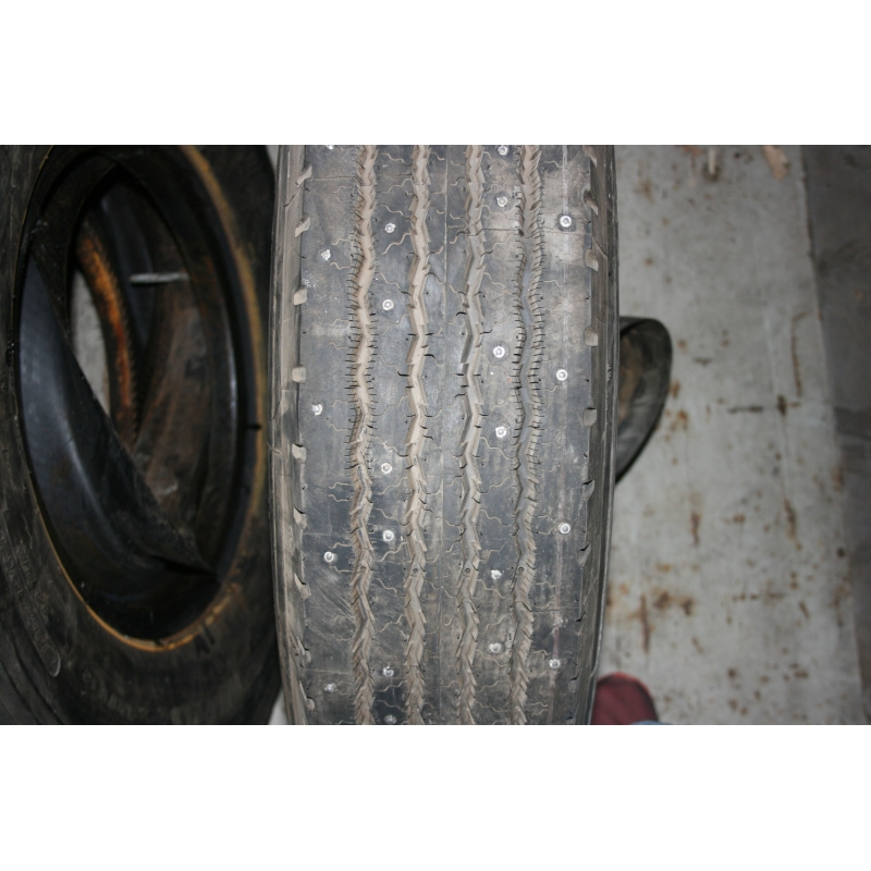 8.25R16 Michelin XZA Spikes New