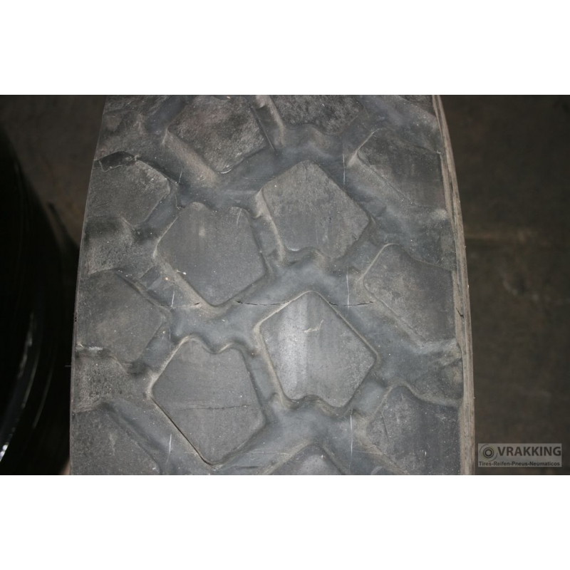 335/80R20 Michelin XZL used