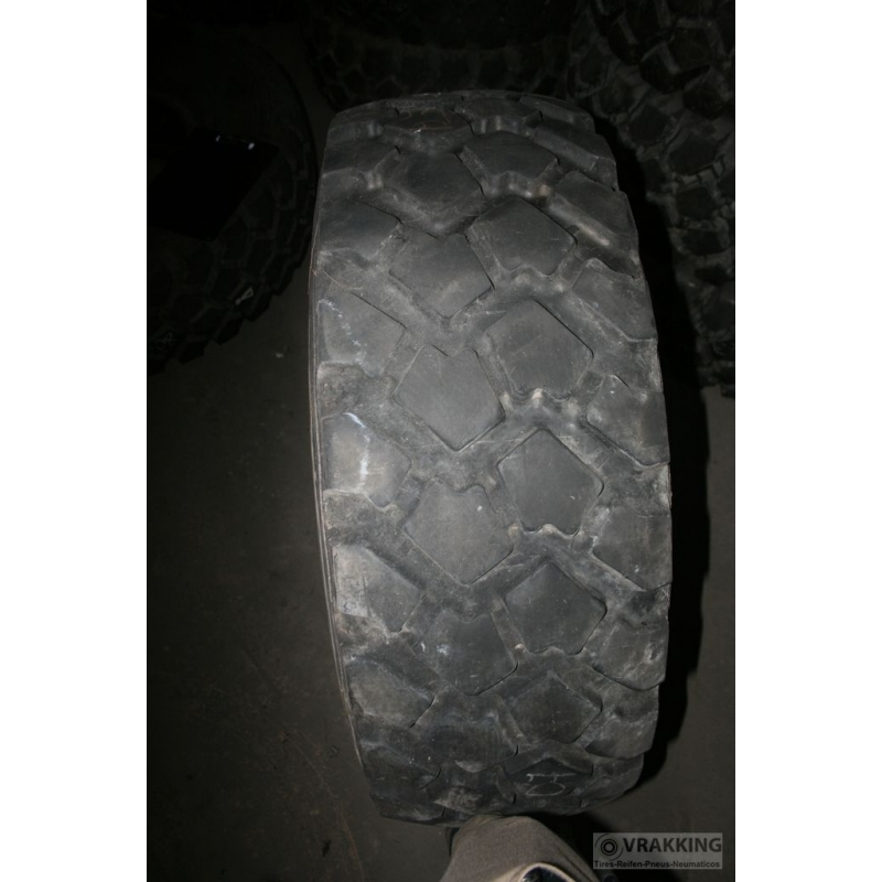 365/80R20 Michelin XZL used