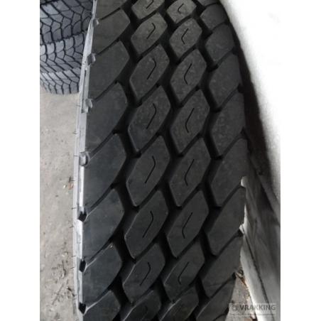 12.00R20 Michelin XZY3 tire