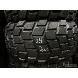 24R20.5 (605/70R20.5) retread in XS profile including casing