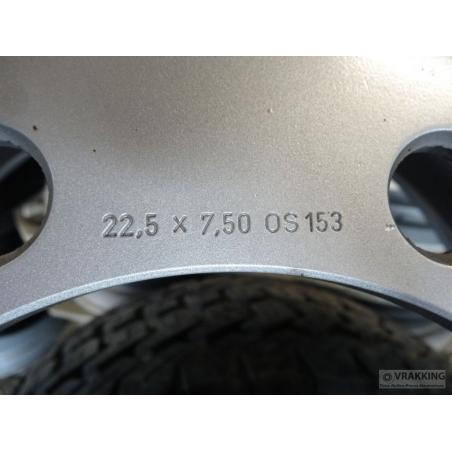 7.50x22.5 8 hole New wheel