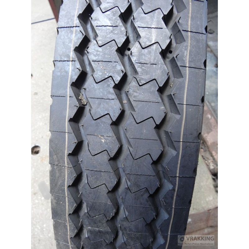 8.25R20 Michelin XZE new