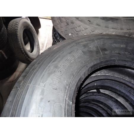 10R17.5 Michelin XZA tire