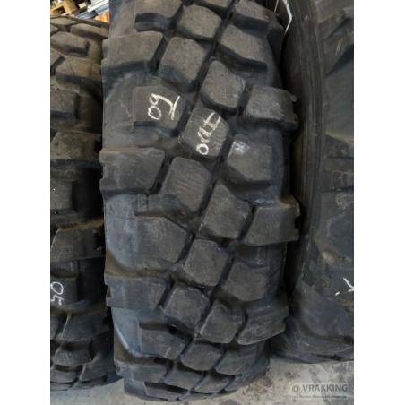 12.00R20 Michelin XML used