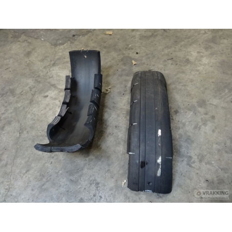 Cor-145 Fender protection from tyres