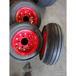 20.5x6.75-10 Aircrafttire complete with wheel