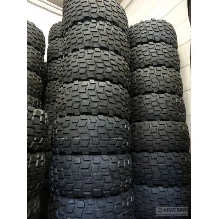 24R20.5 Advance tire