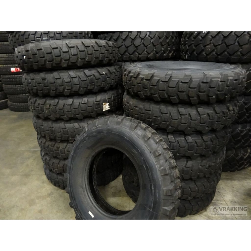 9.00R20 Michelin XL