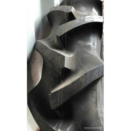9.5-22 Bridgestone Farm service tractor tyre