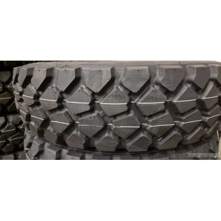 Michelin 255/100R16 XZL. Old size 9.00R16