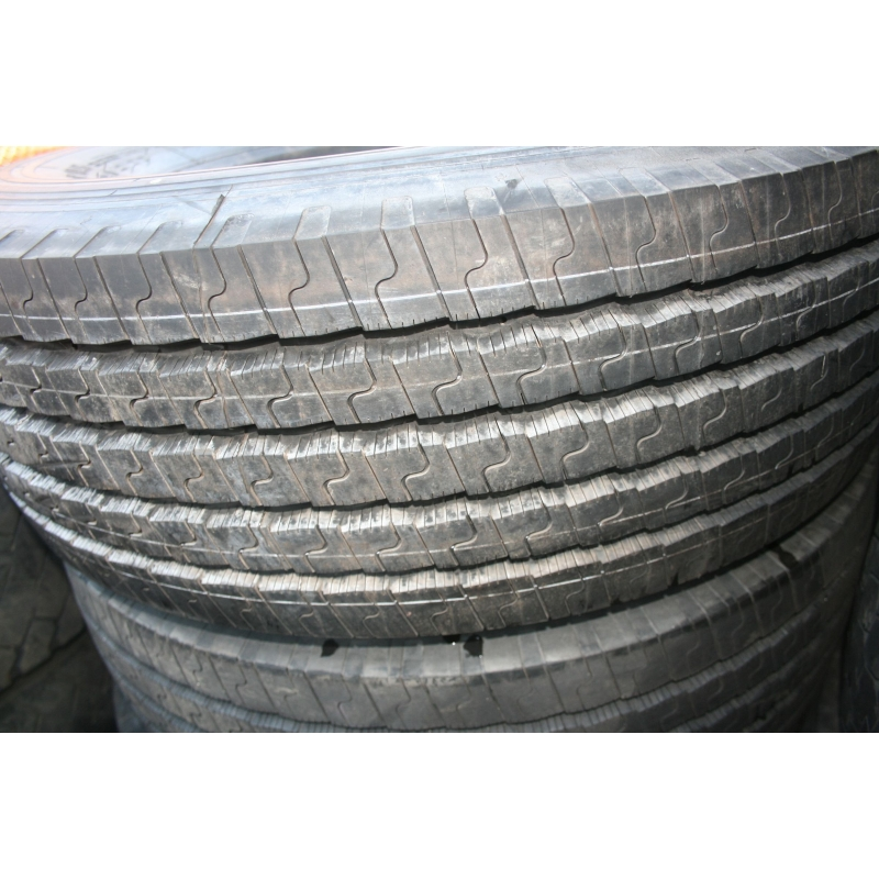 305/70R19.5 Michelin XZE New