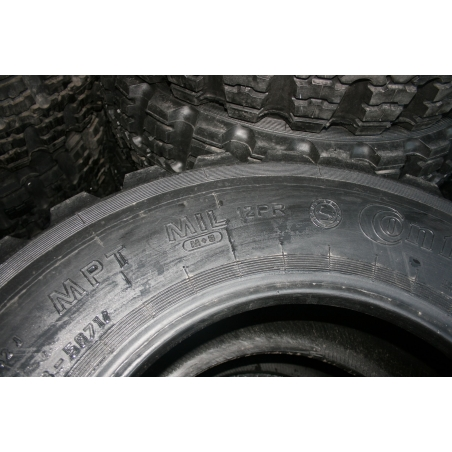 12.5R20 Continental/Dunlop nato (335/80R20) New
