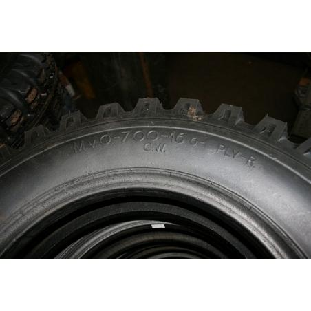 7.00-16 Nato retread tyre