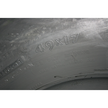 49x17-20 Aircraft tire with flota profile
