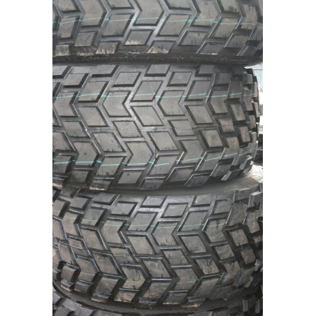 24R21 Michelin XS retread_tire